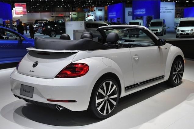 Volkswagen Maggiolino Cabriolet R-Line 2013 08