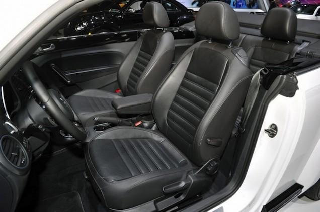 Volkswagen Maggiolino Cabriolet R-Line 2013 16