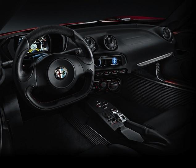Alfa Romeo 4C - 07