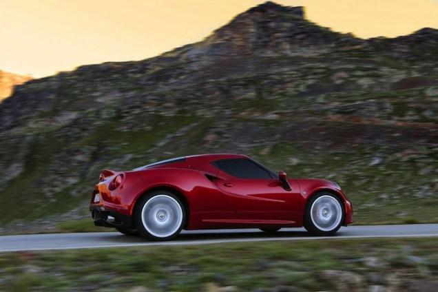 Alfa Romeo 4C - 09
