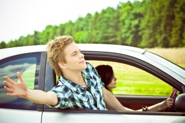 Auto e giovani 01