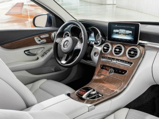 Mercedes Classe C 2014 interni 02